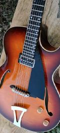 Guitare Dupont - Modèle Bebop